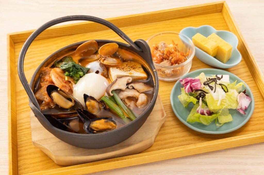 海鮮泡菜烏龍麵